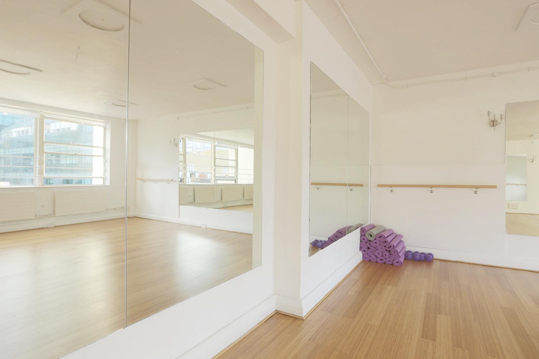 Elegant studios